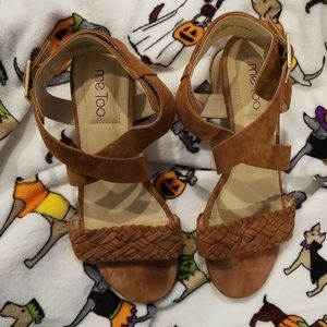 Me Too Tan Faux Suede Sandals Size 9